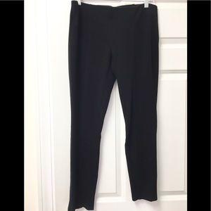 Classy Kenar leggings!  🖤💜